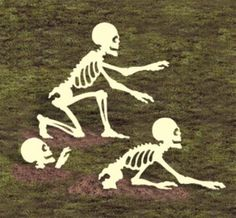 """*NEW* Halloween Lawn Art Yard Shadow/Silhouette - """"Rising Skeletons"""" Up to 41""""!                                                                                                                                                     More"""