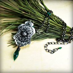 Green talisman necklace- green onyx and sterling silver, €160,00