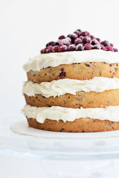 Cranberry Holiday Cake Recipe - absolutely gorgeous with a pretty naked cake design! Perfect for Christmas or Thanksgiving.
