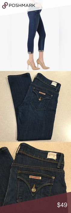 Hudson Jeans 27X27.5 Crop Midrise Beth Baby Boot Hudson Jeans Crop midrise Beth baby boot Blue wash! (Modeled pictures are of exact fit and wash my lighting is just not as bright) Size 27 27.6 inch crop fit inseam A pretty vibrant dark blue denim with stretch! Only worn a few times Perfect condition! All of my items come from a smoke free, pet free home and are authenticity guaranteed. Please ask any questions, no returns for fit issues. 103-25 Hudson Jeans Jeans Ankle & Cropped