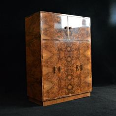 Fine Art Deco Burr walnut cocktail cabinet
