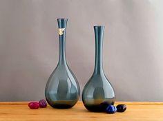 2 vintage Gullaskruf, Sweden bulb vases by Arthur Percy, gray glass by MintStuudio on Etsy