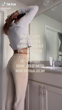 Healthy Morning Routine, Morning Routines, Night Routine, Girl Life Hacks, Girls Life, Get My Life Together, Girl Advice, Glow Up Tips, Baddie Tips