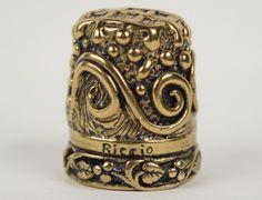 Vintage Riccio Brass Ornate Thimble