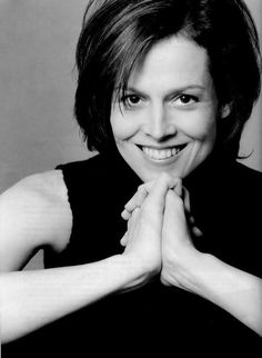 Sigourney Weaver. I love her!!!! A prime example of a true thespian if I've ever seen one.