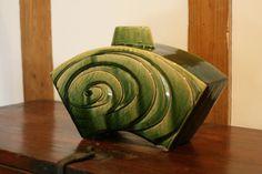 織部刻文花器 Vase with engraved,Oribe type 2014 Pottery, Type, Home Decor, Art, Green, Ceramica, Art Background, Kunst, Interior Design