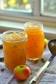 French Apple Jam ~ this would be wonderful to serve on thanksgiving especially if you are serving A Ham.