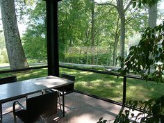 Philip Johnson - New Canaan Philip Johnson Glass House - New Canaan - CT - July 14 2007 Philip Johnson Glass House, Farnsworth House, New Canaan, Contemporary Apartment, Beautiful Inside And Out, Prefab, Modern Architecture, Living Spaces, Interior Decorating