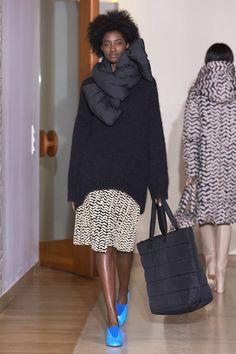 puffer scarf + slouchy sweaters--Marimekko Fall 2017 Fashion Show, Paris Fashion Week, PFW, Runway, TheImpression.com - Fashion news, runway, street style, models