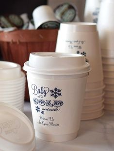 Hot beverage cups personalized for Christmas party. Christmas Paper, Merry Christmas, Christmas Party Decorations, Personalized Cups, Holiday Parties, Holiday Recipes, Beverage, Shower Ideas, Baby Shower