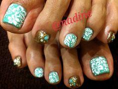 Nadine Nails -- Hawaii