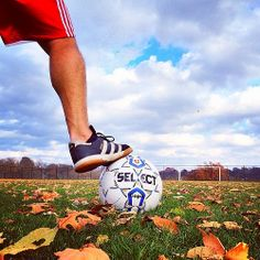 Gorgeous outside. But too windy to golf. Opted instead to kick the ball in the backyard today. #ilovekansascity #soccer