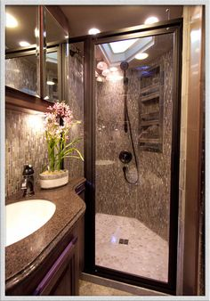 Motorhome shower. Look to the motorhome for small, efficient bathroom… I like the skylights and the shower Travel Trailer Interior, Travel Trailer Remodel, Travel Trailers, Bathroom Design Luxury, Modern Bathroom, Bathroom Ideas, Luxury Bathrooms, Bathroom Inspo, Bathroom Designs