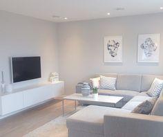 38 cozy small living room decor ideas for your apartment 37 Living Room Grey, Home Living Room, Apartment Living, Interior Design Living Room, Living Room Designs, Living Room Decor, Cozy Home Decorating, Living Room Inspiration, Instagram