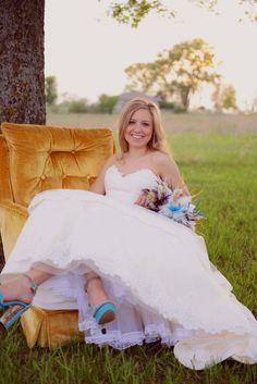 http://kimjoycephotography.com, Kansas City bridal portrait photographer, rustic bridal portraits, country bridal portraits, turquoise bridal shoes, casual bridal portraits