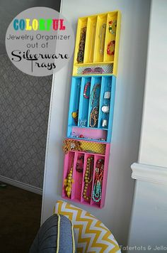 The best DIY projects & DIY ideas and tutorials: sewing, paper craft, DIY. Diy Crafts Ideas Silverware Organizers for Jewelry - 150 Dollar Store Organizing Ideas and Projects for the Entire Home -Read Kids Bedroom Organization, Jewelry Organization, Kitchen Organization, Dollar Store Crafts, Dollar Stores, Thrift Stores, Diy Mod Podge, Silverware Tray, Silverware Organizer
