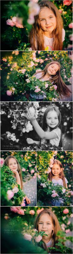 Семейная фотосессия на природе, две сестры, фотограф Минск, фотографии красивых девочек, идеи фотосессии, лето, солнечный вечер, розы, кусты роз, kids photography. Beautiful Family Photo Session