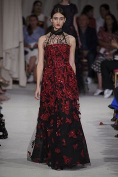 Pin for Later: Peter Copping Is Red Carpet Ready For Oscar De La Renta Spring 2016 Oscar De La Renta Spring/Summer 2016
