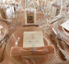 Dusty rose wedding table set up #afancyfiesta Afancyfiesta.com