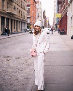 Yesterday's winter whites ❄️ #ootd #nyfw #winterwhite #nyc #gmgtravels #soho #michaelkors #fallinginlovewith