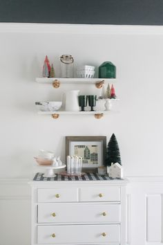 Holiday Decor that Lasts - www.arinsolangeathome.com