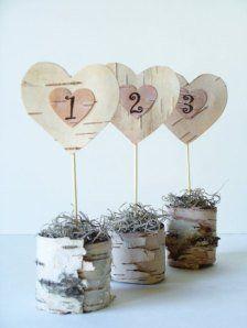 Coeurs en papier  La mariée aux Repetto