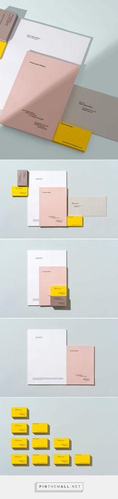 Yaiza Liébana - minimal brand identity and stationery design by Carles Rodrigo