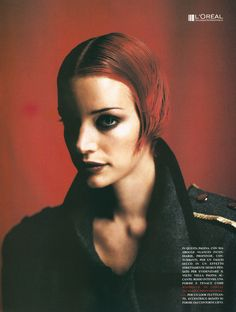 90s Fashion Grunge, B Fashion, Red Hair Looks, Emo Scene Hair, Short Red Hair, Grunge Hair, 90s Hairstyles, Alter, Style Icons