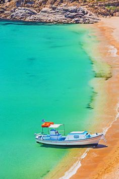 Super Paradise beach, Mykonos island #Greece
