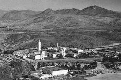 Aerial view of Cowles Mountain (S Mountain) and SDSU campus from 1948.