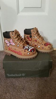 """Timberland: the """"Original Yellow Boot"""" has long been a popular American icon, the classic look has been copied by many, but never really duplicated. Timberland Boots Style, Timberland Waterproof Boots, Pink Timberlands, Kicks Shoes, Yellow Boots, Shoe Company, Designer Boots, Sneaker Boots, Custom Shoes"""