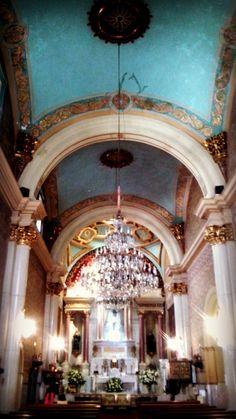 Templo situado a un lado de la Catedral