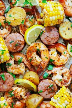 Top down picture of low country shrimp boil on a serving tray. Mexican Shrimp Recipes, Seafood Boil Recipes, Easy Chicken Dinner Recipes, Shrimp Recipes Easy, Easy Meals, Fun Recipes, Keto Recipes, Shrimp Boil Recipe Old Bay, Shrimp Boil Party