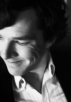 I'm sorry, but what can be compared to this dashingly, adorably, rare smile?!