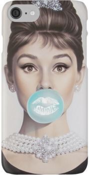 Tiffany OFF! Breakfast at Tiffanys - Audrey Hepburn - Tiffany Blue - Blowing Bubbles with Michael Moebius exclusively at Mouche Gallery. Pin Up, Tiffany Blue, Azul Tiffany, Audrey Hepburn Mode, Audrey Hepburn Tattoo, Audrey Hepburn Wallpaper, Marilyn Monroe Wallpaper, Aubrey Hepburn, Film Mythique