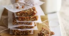 Sesame Fruit-and-Nut Bars. Made with sesame seeds, dried cherries, and walnuts. The last 2 ingredients are a natural source of melatonin, they're high in antioxidants. Healthy Work Snacks, Healthy Breakfast Recipes, Breakfast Ideas, Healthy Breakfasts, Breakfast Bars, Homemade Breakfast, Healthy Treats, Healthy Bars, Healthy Recipes