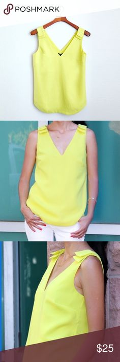 🆕Banana Republic summer top NWT yellow top prefect for summer. Size XS but fits S better. I love this too but it's just a little too big on me. Lined. 100% polyester. Free beauty gift with $25 purchase. Free shipping with $75 purchase. ❤️Reasonable offers welcome. No trades. Banana Republic Tops