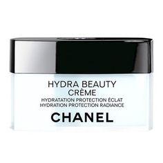 【肌をしっとり保護しながらつややく輝きを与える高保湿クリーム】シャネル   イドゥラ ビューティ クリーム ***肌にしっとりとしたうるおいを与え、保護しながら、つやと輝きを与える高保湿クリーム。乾燥や外的ストレスなどによるダメージから皮膚を守り、適切な水分レベルを保ちます。しっとりとリッチで濃密なテクスチャーが肌にやさしくなじむように溶け込み、なめらかでふっくらとした肌に整えます。フローラルをベースとしたやさしいフルーティ ノートがほのかに香ります。ノーマル肌、乾燥しがちな肌の方に。