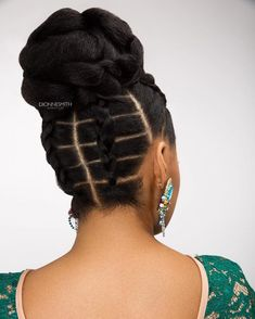 Latest Box Braids hairstyles Latest Box Hair Styles For Beautiful African Women, These are the most lovely box braids hairstyles you'. African Braids Hairstyles, Twist Hairstyles, Cute Hairstyles, Natural Updo Hairstyles, Wedding Hairstyles, Beautiful Hairstyles, Protective Hairstyles, Curly Hair Styles, Natural Hair Styles