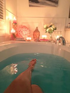 Lush Bath Bombs, Relaxing Bath, Dream Rooms, Luxury Life, Me Time, Jacuzzi, Aesthetic Pictures, House Plans, Living Spaces