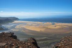 Rauðisandur beach Westfjords Red Beach, Beach Fun, Iceland Road Trip, Best Novels, Places Of Interest, Rainy Days, Us Travel, The Locals, Sea Shells