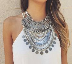 collier-plastron-joli-collier-style-tribal