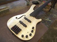 Pablo Massa Luthier