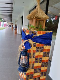 Atouts event & services African Wedding Theme, African Theme, African Wedding Dress, Nigerian Traditional Wedding, Traditional Wedding Decor, Wedding Car Decorations, Afro, Plant Decor, Holidays And Events