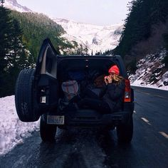 Roadtrip in the Mountains
