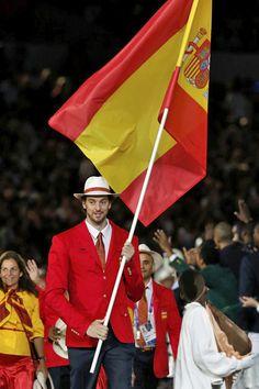 La nutrida representación española fue de la más divertidas de la ceremonia de apertura de los Juegos.