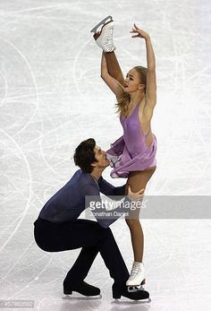Ivan Bukin Photos - Alexandra Stepanova and Ivan Bukin compete in the Ice Dance Free Dance during the 2014 Hilton HHonors Skate America competition at the Sears Centre Arena on October 2014 in Hoffman Estates, Illinois. Roller Skating, Ice Skating, Skate, World Figure Skating Championships, Medvedeva, Ice Dance, Ice Princess, Figure Skating Dresses, Wedding Music