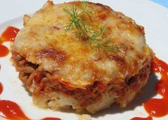 WW Bolognese Cauliflower - Main Course and Recipe - Here is the recipe for WW Bolognese Cauliflower Gratin, a light dish, very easy to make, and comple - Plats Weight Watchers, Weight Watchers Meals, Bolognese, Ww Recipes, Healthy Recipes, Healthy Food, Cauliflower Gratin, Weigh Watchers, Meat And Cheese