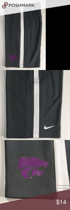 Nike Dri-Fit Kansas State Wildcats Boys Shorts Kansas State Wildcats Boys Nike Dri-Fit Medium Gray Striped Epic Shorts NCAA  Condition: New Brand: Nike Color: Gray Gender: Boys Product: Shorts Size: M Team: Kansas State Wildcats Model Number: B73322 Nike Bottoms Shorts