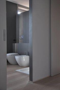 Casa ele modern bathroom by paolo capriglione architect moder … – Conception Bathroom Tile Designs, Bathroom Design Small, Modern Bathroom, Bathroom Ideas, Kitchen Design, Green Small Bathrooms, Shingle Style Homes, Bidet, Home Decoracion